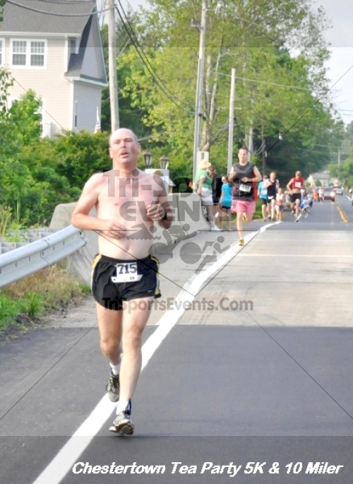 Chestertown Tea Party 10 Mile Run<br><br><br><br><a href='https://www.trisportsevents.com/pics/12_Chestertown_5K-10_Miler_096.JPG' download='12_Chestertown_5K-10_Miler_096.JPG'>Click here to download.</a><Br><a href='http://www.facebook.com/sharer.php?u=http:%2F%2Fwww.trisportsevents.com%2Fpics%2F12_Chestertown_5K-10_Miler_096.JPG&t=Chestertown Tea Party 10 Mile Run' target='_blank'><img src='images/fb_share.png' width='100'></a>