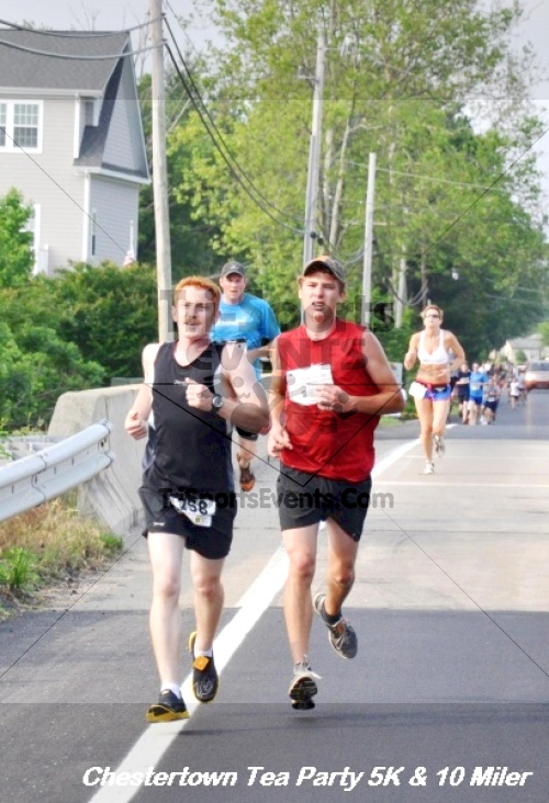 Chestertown Tea Party 10 Mile Run<br><br><br><br><a href='http://www.trisportsevents.com/pics/12_Chestertown_5K-10_Miler_098.JPG' download='12_Chestertown_5K-10_Miler_098.JPG'>Click here to download.</a><Br><a href='http://www.facebook.com/sharer.php?u=http:%2F%2Fwww.trisportsevents.com%2Fpics%2F12_Chestertown_5K-10_Miler_098.JPG&t=Chestertown Tea Party 10 Mile Run' target='_blank'><img src='images/fb_share.png' width='100'></a>