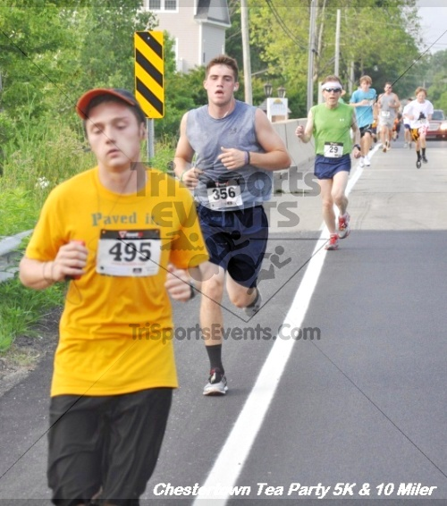 Chestertown Tea Party 10 Mile Run<br><br><br><br><a href='http://www.trisportsevents.com/pics/12_Chestertown_5K-10_Miler_106.JPG' download='12_Chestertown_5K-10_Miler_106.JPG'>Click here to download.</a><Br><a href='http://www.facebook.com/sharer.php?u=http:%2F%2Fwww.trisportsevents.com%2Fpics%2F12_Chestertown_5K-10_Miler_106.JPG&t=Chestertown Tea Party 10 Mile Run' target='_blank'><img src='images/fb_share.png' width='100'></a>