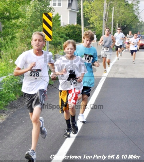 Chestertown Tea Party 10 Mile Run<br><br><br><br><a href='http://www.trisportsevents.com/pics/12_Chestertown_5K-10_Miler_108.JPG' download='12_Chestertown_5K-10_Miler_108.JPG'>Click here to download.</a><Br><a href='http://www.facebook.com/sharer.php?u=http:%2F%2Fwww.trisportsevents.com%2Fpics%2F12_Chestertown_5K-10_Miler_108.JPG&t=Chestertown Tea Party 10 Mile Run' target='_blank'><img src='images/fb_share.png' width='100'></a>