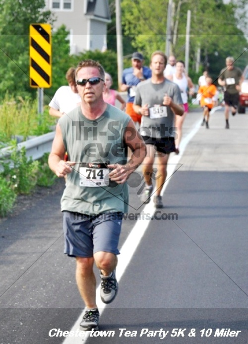 Chestertown Tea Party 10 Mile Run<br><br><br><br><a href='https://www.trisportsevents.com/pics/12_Chestertown_5K-10_Miler_111.JPG' download='12_Chestertown_5K-10_Miler_111.JPG'>Click here to download.</a><Br><a href='http://www.facebook.com/sharer.php?u=http:%2F%2Fwww.trisportsevents.com%2Fpics%2F12_Chestertown_5K-10_Miler_111.JPG&t=Chestertown Tea Party 10 Mile Run' target='_blank'><img src='images/fb_share.png' width='100'></a>