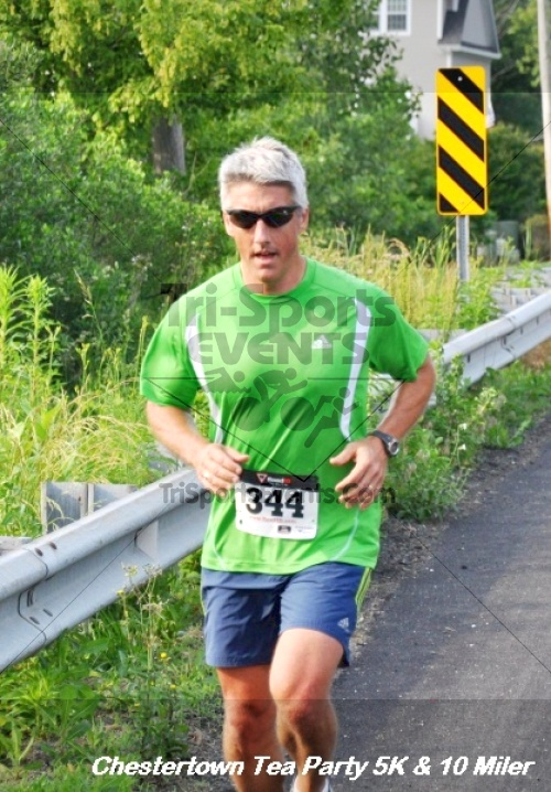 Chestertown Tea Party 10 Mile Run<br><br><br><br><a href='https://www.trisportsevents.com/pics/12_Chestertown_5K-10_Miler_117.JPG' download='12_Chestertown_5K-10_Miler_117.JPG'>Click here to download.</a><Br><a href='http://www.facebook.com/sharer.php?u=http:%2F%2Fwww.trisportsevents.com%2Fpics%2F12_Chestertown_5K-10_Miler_117.JPG&t=Chestertown Tea Party 10 Mile Run' target='_blank'><img src='images/fb_share.png' width='100'></a>