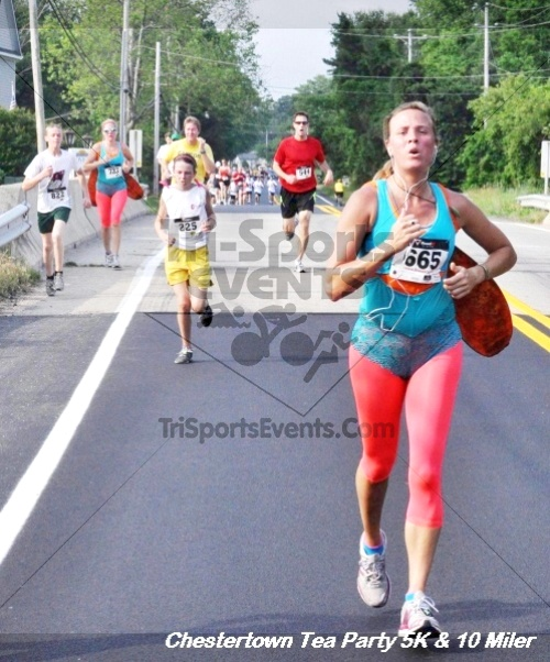 Chestertown Tea Party 10 Mile Run<br><br><br><br><a href='https://www.trisportsevents.com/pics/12_Chestertown_5K-10_Miler_126.JPG' download='12_Chestertown_5K-10_Miler_126.JPG'>Click here to download.</a><Br><a href='http://www.facebook.com/sharer.php?u=http:%2F%2Fwww.trisportsevents.com%2Fpics%2F12_Chestertown_5K-10_Miler_126.JPG&t=Chestertown Tea Party 10 Mile Run' target='_blank'><img src='images/fb_share.png' width='100'></a>