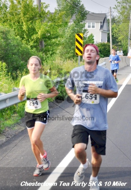 Chestertown Tea Party 10 Mile Run<br><br><br><br><a href='https://www.trisportsevents.com/pics/12_Chestertown_5K-10_Miler_138.JPG' download='12_Chestertown_5K-10_Miler_138.JPG'>Click here to download.</a><Br><a href='http://www.facebook.com/sharer.php?u=http:%2F%2Fwww.trisportsevents.com%2Fpics%2F12_Chestertown_5K-10_Miler_138.JPG&t=Chestertown Tea Party 10 Mile Run' target='_blank'><img src='images/fb_share.png' width='100'></a>