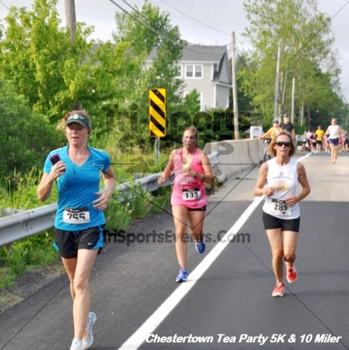 Chestertown Tea Party 10 Mile Run<br><br><br><br><a href='http://www.trisportsevents.com/pics/12_Chestertown_5K-10_Miler_140.JPG' download='12_Chestertown_5K-10_Miler_140.JPG'>Click here to download.</a><Br><a href='http://www.facebook.com/sharer.php?u=http:%2F%2Fwww.trisportsevents.com%2Fpics%2F12_Chestertown_5K-10_Miler_140.JPG&t=Chestertown Tea Party 10 Mile Run' target='_blank'><img src='images/fb_share.png' width='100'></a>