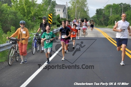 Chestertown Tea Party 10 Mile Run<br><br><br><br><a href='http://www.trisportsevents.com/pics/12_Chestertown_5K-10_Miler_144.JPG' download='12_Chestertown_5K-10_Miler_144.JPG'>Click here to download.</a><Br><a href='http://www.facebook.com/sharer.php?u=http:%2F%2Fwww.trisportsevents.com%2Fpics%2F12_Chestertown_5K-10_Miler_144.JPG&t=Chestertown Tea Party 10 Mile Run' target='_blank'><img src='images/fb_share.png' width='100'></a>