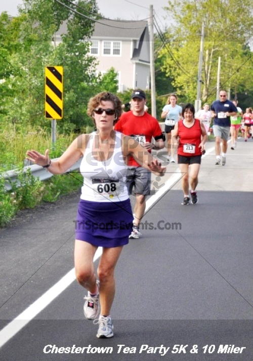 Chestertown Tea Party 10 Mile Run<br><br><br><br><a href='http://www.trisportsevents.com/pics/12_Chestertown_5K-10_Miler_152.JPG' download='12_Chestertown_5K-10_Miler_152.JPG'>Click here to download.</a><Br><a href='http://www.facebook.com/sharer.php?u=http:%2F%2Fwww.trisportsevents.com%2Fpics%2F12_Chestertown_5K-10_Miler_152.JPG&t=Chestertown Tea Party 10 Mile Run' target='_blank'><img src='images/fb_share.png' width='100'></a>