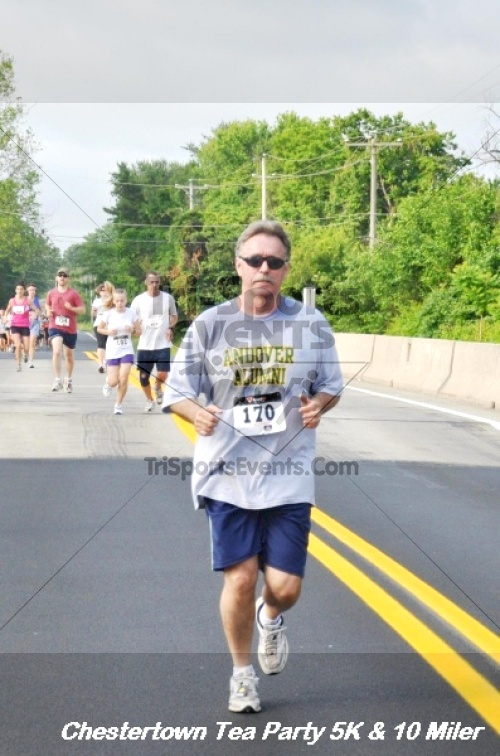 Chestertown Tea Party 10 Mile Run<br><br><br><br><a href='http://www.trisportsevents.com/pics/12_Chestertown_5K-10_Miler_155.JPG' download='12_Chestertown_5K-10_Miler_155.JPG'>Click here to download.</a><Br><a href='http://www.facebook.com/sharer.php?u=http:%2F%2Fwww.trisportsevents.com%2Fpics%2F12_Chestertown_5K-10_Miler_155.JPG&t=Chestertown Tea Party 10 Mile Run' target='_blank'><img src='images/fb_share.png' width='100'></a>