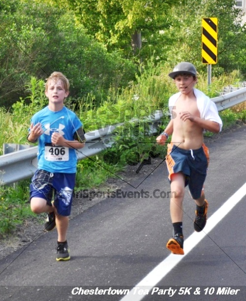 Chestertown Tea Party 10 Mile Run<br><br><br><br><a href='http://www.trisportsevents.com/pics/12_Chestertown_5K-10_Miler_162.JPG' download='12_Chestertown_5K-10_Miler_162.JPG'>Click here to download.</a><Br><a href='http://www.facebook.com/sharer.php?u=http:%2F%2Fwww.trisportsevents.com%2Fpics%2F12_Chestertown_5K-10_Miler_162.JPG&t=Chestertown Tea Party 10 Mile Run' target='_blank'><img src='images/fb_share.png' width='100'></a>