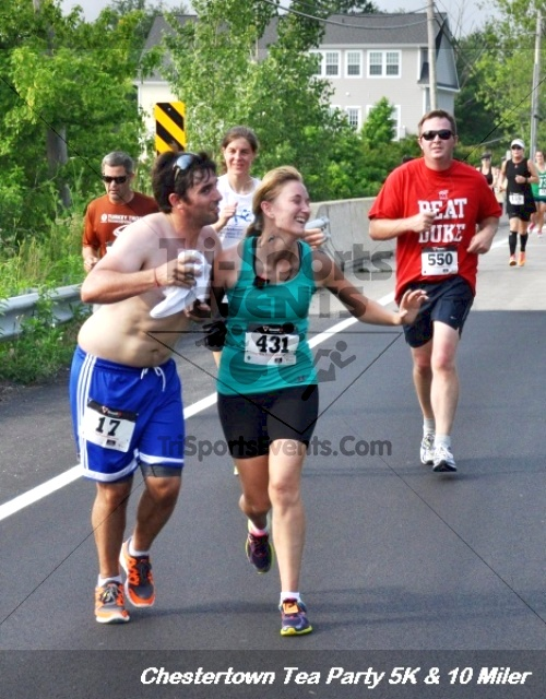 Chestertown Tea Party 10 Mile Run<br><br><br><br><a href='http://www.trisportsevents.com/pics/12_Chestertown_5K-10_Miler_167.JPG' download='12_Chestertown_5K-10_Miler_167.JPG'>Click here to download.</a><Br><a href='http://www.facebook.com/sharer.php?u=http:%2F%2Fwww.trisportsevents.com%2Fpics%2F12_Chestertown_5K-10_Miler_167.JPG&t=Chestertown Tea Party 10 Mile Run' target='_blank'><img src='images/fb_share.png' width='100'></a>