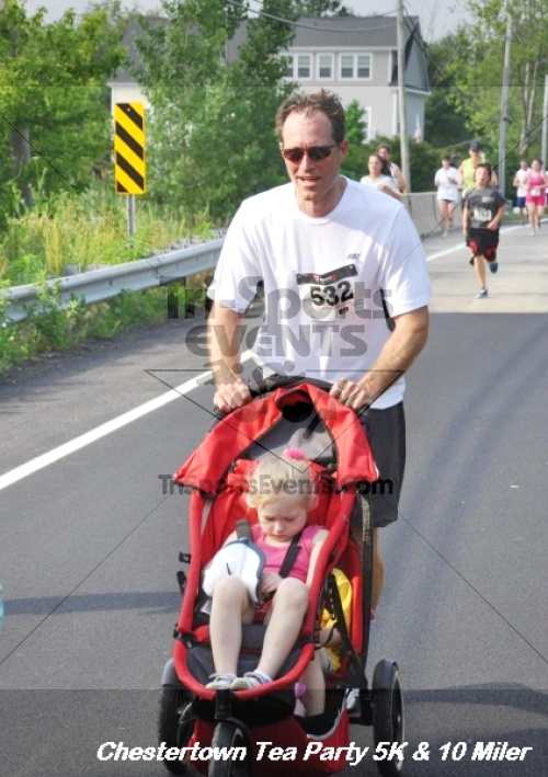 Chestertown Tea Party 10 Mile Run<br><br><br><br><a href='https://www.trisportsevents.com/pics/12_Chestertown_5K-10_Miler_172.JPG' download='12_Chestertown_5K-10_Miler_172.JPG'>Click here to download.</a><Br><a href='http://www.facebook.com/sharer.php?u=http:%2F%2Fwww.trisportsevents.com%2Fpics%2F12_Chestertown_5K-10_Miler_172.JPG&t=Chestertown Tea Party 10 Mile Run' target='_blank'><img src='images/fb_share.png' width='100'></a>