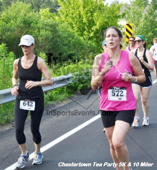 Chestertown Tea Party 10 Mile Run<br><br><br><br><a href='http://www.trisportsevents.com/pics/12_Chestertown_5K-10_Miler_185.JPG' download='12_Chestertown_5K-10_Miler_185.JPG'>Click here to download.</a><Br><a href='http://www.facebook.com/sharer.php?u=http:%2F%2Fwww.trisportsevents.com%2Fpics%2F12_Chestertown_5K-10_Miler_185.JPG&t=Chestertown Tea Party 10 Mile Run' target='_blank'><img src='images/fb_share.png' width='100'></a>