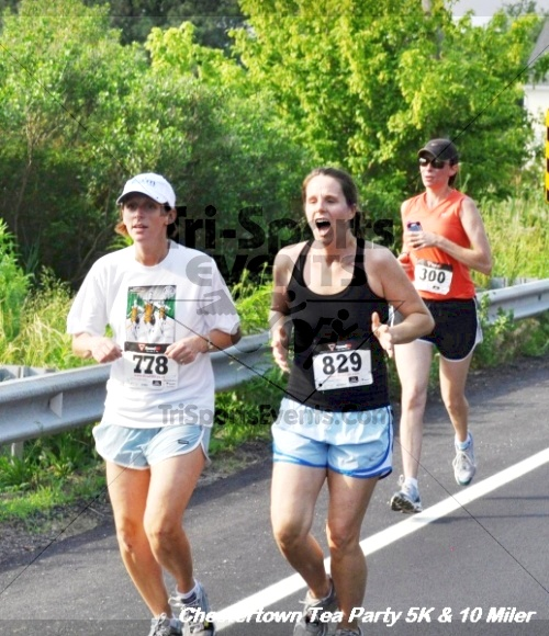 Chestertown Tea Party 10 Mile Run<br><br><br><br><a href='http://www.trisportsevents.com/pics/12_Chestertown_5K-10_Miler_191.JPG' download='12_Chestertown_5K-10_Miler_191.JPG'>Click here to download.</a><Br><a href='http://www.facebook.com/sharer.php?u=http:%2F%2Fwww.trisportsevents.com%2Fpics%2F12_Chestertown_5K-10_Miler_191.JPG&t=Chestertown Tea Party 10 Mile Run' target='_blank'><img src='images/fb_share.png' width='100'></a>