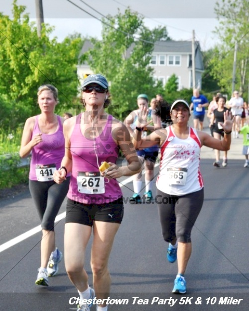 Chestertown Tea Party 10 Mile Run<br><br><br><br><a href='http://www.trisportsevents.com/pics/12_Chestertown_5K-10_Miler_192.JPG' download='12_Chestertown_5K-10_Miler_192.JPG'>Click here to download.</a><Br><a href='http://www.facebook.com/sharer.php?u=http:%2F%2Fwww.trisportsevents.com%2Fpics%2F12_Chestertown_5K-10_Miler_192.JPG&t=Chestertown Tea Party 10 Mile Run' target='_blank'><img src='images/fb_share.png' width='100'></a>