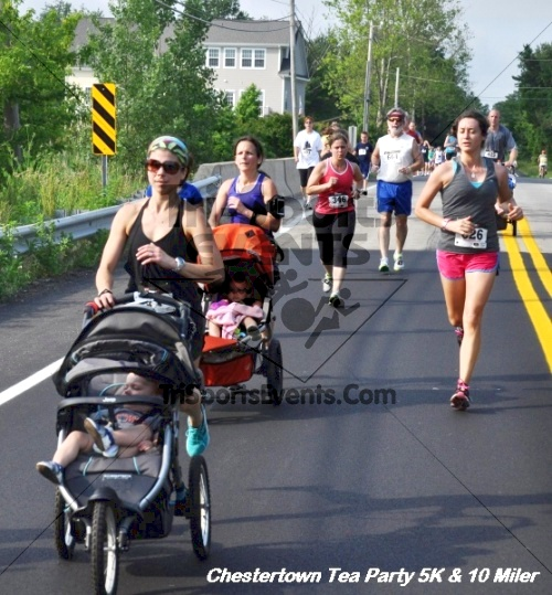 Chestertown Tea Party 10 Mile Run<br><br><br><br><a href='http://www.trisportsevents.com/pics/12_Chestertown_5K-10_Miler_196.JPG' download='12_Chestertown_5K-10_Miler_196.JPG'>Click here to download.</a><Br><a href='http://www.facebook.com/sharer.php?u=http:%2F%2Fwww.trisportsevents.com%2Fpics%2F12_Chestertown_5K-10_Miler_196.JPG&t=Chestertown Tea Party 10 Mile Run' target='_blank'><img src='images/fb_share.png' width='100'></a>