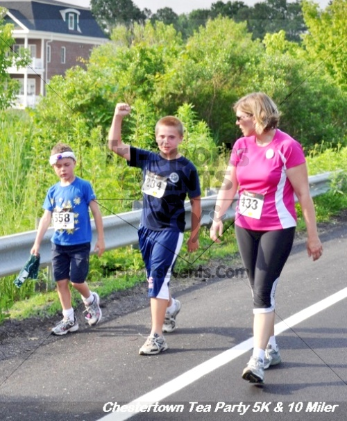 Chestertown Tea Party 10 Mile Run<br><br><br><br><a href='https://www.trisportsevents.com/pics/12_Chestertown_5K-10_Miler_200.JPG' download='12_Chestertown_5K-10_Miler_200.JPG'>Click here to download.</a><Br><a href='http://www.facebook.com/sharer.php?u=http:%2F%2Fwww.trisportsevents.com%2Fpics%2F12_Chestertown_5K-10_Miler_200.JPG&t=Chestertown Tea Party 10 Mile Run' target='_blank'><img src='images/fb_share.png' width='100'></a>