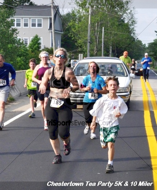 Chestertown Tea Party 10 Mile Run<br><br><br><br><a href='https://www.trisportsevents.com/pics/12_Chestertown_5K-10_Miler_203.JPG' download='12_Chestertown_5K-10_Miler_203.JPG'>Click here to download.</a><Br><a href='http://www.facebook.com/sharer.php?u=http:%2F%2Fwww.trisportsevents.com%2Fpics%2F12_Chestertown_5K-10_Miler_203.JPG&t=Chestertown Tea Party 10 Mile Run' target='_blank'><img src='images/fb_share.png' width='100'></a>