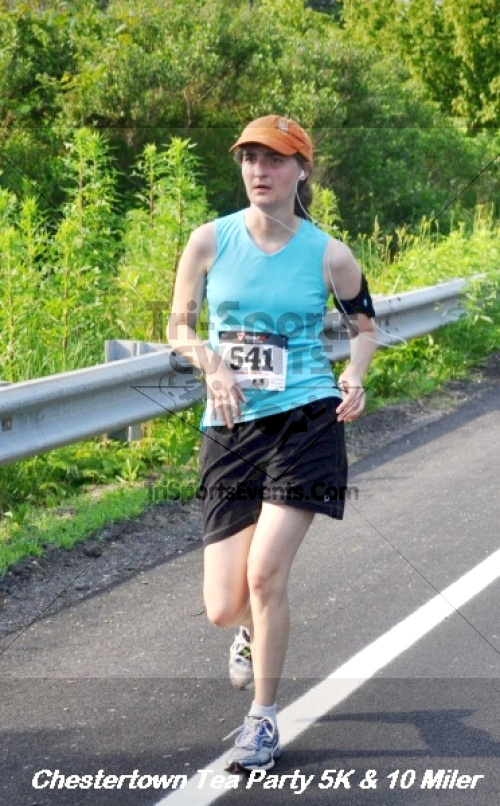 Chestertown Tea Party 10 Mile Run<br><br><br><br><a href='https://www.trisportsevents.com/pics/12_Chestertown_5K-10_Miler_205.JPG' download='12_Chestertown_5K-10_Miler_205.JPG'>Click here to download.</a><Br><a href='http://www.facebook.com/sharer.php?u=http:%2F%2Fwww.trisportsevents.com%2Fpics%2F12_Chestertown_5K-10_Miler_205.JPG&t=Chestertown Tea Party 10 Mile Run' target='_blank'><img src='images/fb_share.png' width='100'></a>