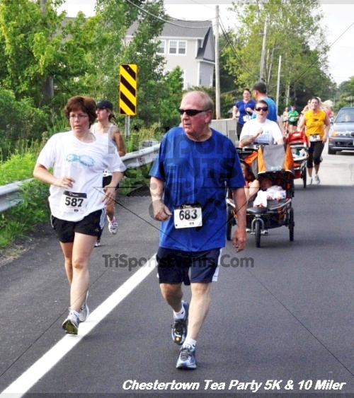 Chestertown Tea Party 10 Mile Run<br><br><br><br><a href='http://www.trisportsevents.com/pics/12_Chestertown_5K-10_Miler_212.JPG' download='12_Chestertown_5K-10_Miler_212.JPG'>Click here to download.</a><Br><a href='http://www.facebook.com/sharer.php?u=http:%2F%2Fwww.trisportsevents.com%2Fpics%2F12_Chestertown_5K-10_Miler_212.JPG&t=Chestertown Tea Party 10 Mile Run' target='_blank'><img src='images/fb_share.png' width='100'></a>