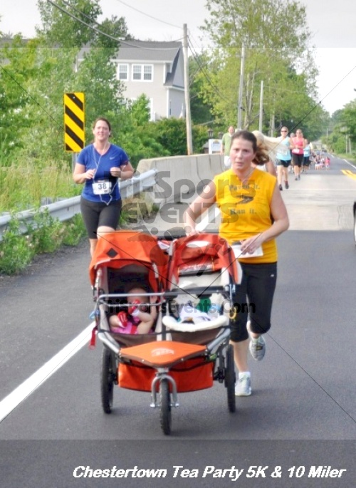 Chestertown Tea Party 10 Mile Run<br><br><br><br><a href='http://www.trisportsevents.com/pics/12_Chestertown_5K-10_Miler_213.JPG' download='12_Chestertown_5K-10_Miler_213.JPG'>Click here to download.</a><Br><a href='http://www.facebook.com/sharer.php?u=http:%2F%2Fwww.trisportsevents.com%2Fpics%2F12_Chestertown_5K-10_Miler_213.JPG&t=Chestertown Tea Party 10 Mile Run' target='_blank'><img src='images/fb_share.png' width='100'></a>