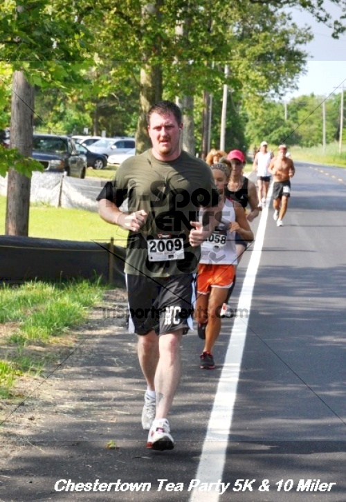 Chestertown Tea Party 10 Mile Run<br><br><br><br><a href='http://www.trisportsevents.com/pics/12_Chestertown_5K-10_Miler_220.JPG' download='12_Chestertown_5K-10_Miler_220.JPG'>Click here to download.</a><Br><a href='http://www.facebook.com/sharer.php?u=http:%2F%2Fwww.trisportsevents.com%2Fpics%2F12_Chestertown_5K-10_Miler_220.JPG&t=Chestertown Tea Party 10 Mile Run' target='_blank'><img src='images/fb_share.png' width='100'></a>