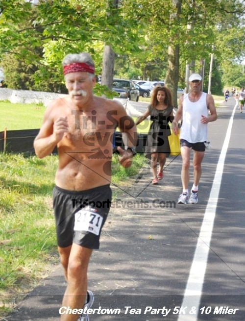 Chestertown Tea Party 10 Mile Run<br><br><br><br><a href='http://www.trisportsevents.com/pics/12_Chestertown_5K-10_Miler_223.JPG' download='12_Chestertown_5K-10_Miler_223.JPG'>Click here to download.</a><Br><a href='http://www.facebook.com/sharer.php?u=http:%2F%2Fwww.trisportsevents.com%2Fpics%2F12_Chestertown_5K-10_Miler_223.JPG&t=Chestertown Tea Party 10 Mile Run' target='_blank'><img src='images/fb_share.png' width='100'></a>
