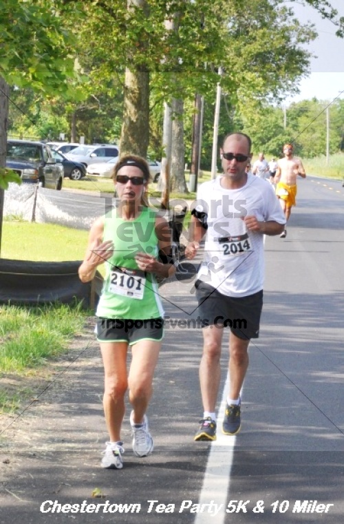 Chestertown Tea Party 10 Mile Run<br><br><br><br><a href='http://www.trisportsevents.com/pics/12_Chestertown_5K-10_Miler_228.JPG' download='12_Chestertown_5K-10_Miler_228.JPG'>Click here to download.</a><Br><a href='http://www.facebook.com/sharer.php?u=http:%2F%2Fwww.trisportsevents.com%2Fpics%2F12_Chestertown_5K-10_Miler_228.JPG&t=Chestertown Tea Party 10 Mile Run' target='_blank'><img src='images/fb_share.png' width='100'></a>