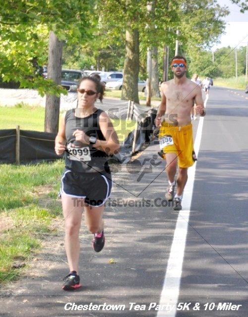 Chestertown Tea Party 10 Mile Run<br><br><br><br><a href='https://www.trisportsevents.com/pics/12_Chestertown_5K-10_Miler_229.JPG' download='12_Chestertown_5K-10_Miler_229.JPG'>Click here to download.</a><Br><a href='http://www.facebook.com/sharer.php?u=http:%2F%2Fwww.trisportsevents.com%2Fpics%2F12_Chestertown_5K-10_Miler_229.JPG&t=Chestertown Tea Party 10 Mile Run' target='_blank'><img src='images/fb_share.png' width='100'></a>