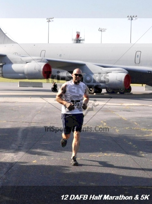 Dover Air Force Base Heritage Half Marathon & 5K<br><br><br><br><a href='http://www.trisportsevents.com/pics/12_DAFB_Half_&_5K_078.JPG' download='12_DAFB_Half_&_5K_078.JPG'>Click here to download.</a><Br><a href='http://www.facebook.com/sharer.php?u=http:%2F%2Fwww.trisportsevents.com%2Fpics%2F12_DAFB_Half_&_5K_078.JPG&t=Dover Air Force Base Heritage Half Marathon & 5K' target='_blank'><img src='images/fb_share.png' width='100'></a>