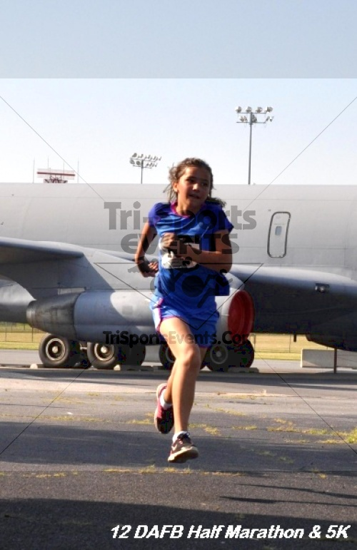 Dover Air Force Base Heritage Half Marathon & 5K<br><br><br><br><a href='https://www.trisportsevents.com/pics/12_DAFB_Half_&_5K_094.JPG' download='12_DAFB_Half_&_5K_094.JPG'>Click here to download.</a><Br><a href='http://www.facebook.com/sharer.php?u=http:%2F%2Fwww.trisportsevents.com%2Fpics%2F12_DAFB_Half_&_5K_094.JPG&t=Dover Air Force Base Heritage Half Marathon & 5K' target='_blank'><img src='images/fb_share.png' width='100'></a>