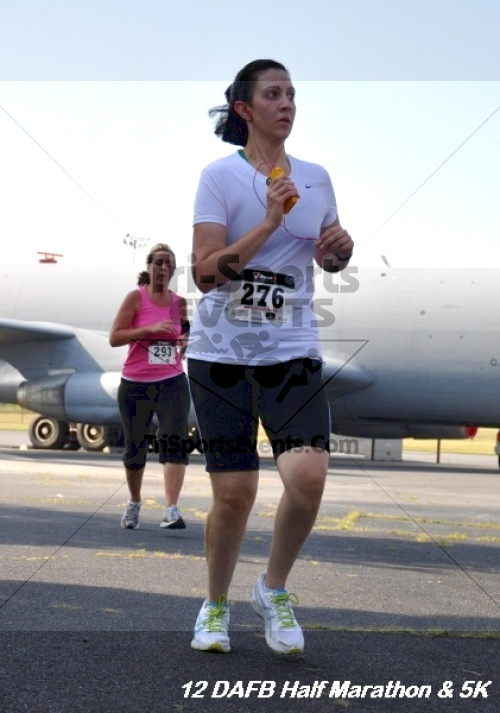 Dover Air Force Base Heritage Half Marathon & 5K<br><br><br><br><a href='https://www.trisportsevents.com/pics/12_DAFB_Half_&_5K_103.JPG' download='12_DAFB_Half_&_5K_103.JPG'>Click here to download.</a><Br><a href='http://www.facebook.com/sharer.php?u=http:%2F%2Fwww.trisportsevents.com%2Fpics%2F12_DAFB_Half_&_5K_103.JPG&t=Dover Air Force Base Heritage Half Marathon & 5K' target='_blank'><img src='images/fb_share.png' width='100'></a>
