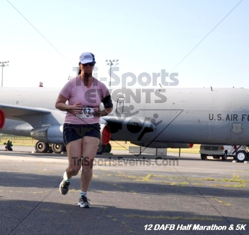 Dover Air Force Base Heritage Half Marathon & 5K<br><br><br><br><a href='https://www.trisportsevents.com/pics/12_DAFB_Half_&_5K_117.JPG' download='12_DAFB_Half_&_5K_117.JPG'>Click here to download.</a><Br><a href='http://www.facebook.com/sharer.php?u=http:%2F%2Fwww.trisportsevents.com%2Fpics%2F12_DAFB_Half_&_5K_117.JPG&t=Dover Air Force Base Heritage Half Marathon & 5K' target='_blank'><img src='images/fb_share.png' width='100'></a>