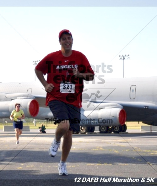 Dover Air Force Base Heritage Half Marathon & 5K<br><br><br><br><a href='https://www.trisportsevents.com/pics/12_DAFB_Half_&_5K_118.JPG' download='12_DAFB_Half_&_5K_118.JPG'>Click here to download.</a><Br><a href='http://www.facebook.com/sharer.php?u=http:%2F%2Fwww.trisportsevents.com%2Fpics%2F12_DAFB_Half_&_5K_118.JPG&t=Dover Air Force Base Heritage Half Marathon & 5K' target='_blank'><img src='images/fb_share.png' width='100'></a>