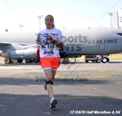 Dover Air Force Base Heritage Half Marathon & 5K<br><br><br><br><a href='https://www.trisportsevents.com/pics/12_DAFB_Half_&_5K_122.JPG' download='12_DAFB_Half_&_5K_122.JPG'>Click here to download.</a><Br><a href='http://www.facebook.com/sharer.php?u=http:%2F%2Fwww.trisportsevents.com%2Fpics%2F12_DAFB_Half_&_5K_122.JPG&t=Dover Air Force Base Heritage Half Marathon & 5K' target='_blank'><img src='images/fb_share.png' width='100'></a>