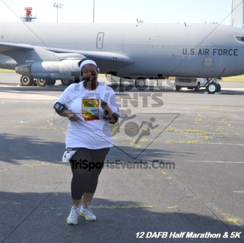 Dover Air Force Base Heritage Half Marathon & 5K<br><br><br><br><a href='http://www.trisportsevents.com/pics/12_DAFB_Half_&_5K_152.JPG' download='12_DAFB_Half_&_5K_152.JPG'>Click here to download.</a><Br><a href='http://www.facebook.com/sharer.php?u=http:%2F%2Fwww.trisportsevents.com%2Fpics%2F12_DAFB_Half_&_5K_152.JPG&t=Dover Air Force Base Heritage Half Marathon & 5K' target='_blank'><img src='images/fb_share.png' width='100'></a>