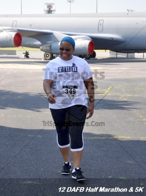 Dover Air Force Base Heritage Half Marathon & 5K<br><br><br><br><a href='http://www.trisportsevents.com/pics/12_DAFB_Half_&_5K_159.JPG' download='12_DAFB_Half_&_5K_159.JPG'>Click here to download.</a><Br><a href='http://www.facebook.com/sharer.php?u=http:%2F%2Fwww.trisportsevents.com%2Fpics%2F12_DAFB_Half_&_5K_159.JPG&t=Dover Air Force Base Heritage Half Marathon & 5K' target='_blank'><img src='images/fb_share.png' width='100'></a>