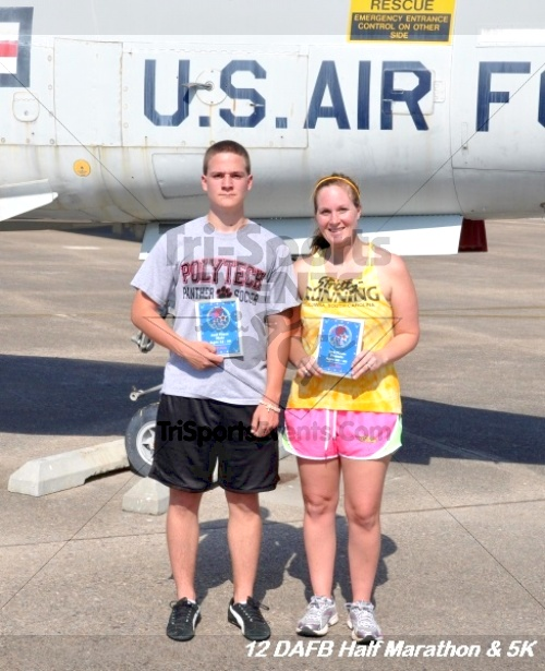 Dover Air Force Base Heritage Half Marathon & 5K<br><br><br><br><a href='http://www.trisportsevents.com/pics/12_DAFB_Half_&_5K_175.JPG' download='12_DAFB_Half_&_5K_175.JPG'>Click here to download.</a><Br><a href='http://www.facebook.com/sharer.php?u=http:%2F%2Fwww.trisportsevents.com%2Fpics%2F12_DAFB_Half_&_5K_175.JPG&t=Dover Air Force Base Heritage Half Marathon & 5K' target='_blank'><img src='images/fb_share.png' width='100'></a>