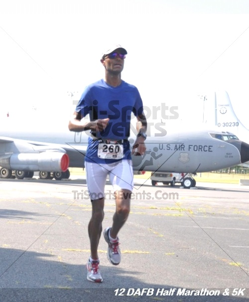 Dover Air Force Base Heritage Half Marathon & 5K<br><br><br><br><a href='http://www.trisportsevents.com/pics/12_DAFB_Half_&_5K_181.JPG' download='12_DAFB_Half_&_5K_181.JPG'>Click here to download.</a><Br><a href='http://www.facebook.com/sharer.php?u=http:%2F%2Fwww.trisportsevents.com%2Fpics%2F12_DAFB_Half_&_5K_181.JPG&t=Dover Air Force Base Heritage Half Marathon & 5K' target='_blank'><img src='images/fb_share.png' width='100'></a>