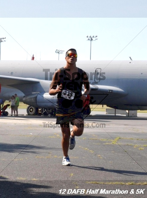 Dover Air Force Base Heritage Half Marathon & 5K<br><br><br><br><a href='http://www.trisportsevents.com/pics/12_DAFB_Half_&_5K_201.JPG' download='12_DAFB_Half_&_5K_201.JPG'>Click here to download.</a><Br><a href='http://www.facebook.com/sharer.php?u=http:%2F%2Fwww.trisportsevents.com%2Fpics%2F12_DAFB_Half_&_5K_201.JPG&t=Dover Air Force Base Heritage Half Marathon & 5K' target='_blank'><img src='images/fb_share.png' width='100'></a>