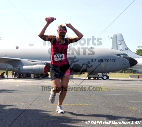 Dover Air Force Base Heritage Half Marathon & 5K<br><br><br><br><a href='http://www.trisportsevents.com/pics/12_DAFB_Half_&_5K_209.JPG' download='12_DAFB_Half_&_5K_209.JPG'>Click here to download.</a><Br><a href='http://www.facebook.com/sharer.php?u=http:%2F%2Fwww.trisportsevents.com%2Fpics%2F12_DAFB_Half_&_5K_209.JPG&t=Dover Air Force Base Heritage Half Marathon & 5K' target='_blank'><img src='images/fb_share.png' width='100'></a>