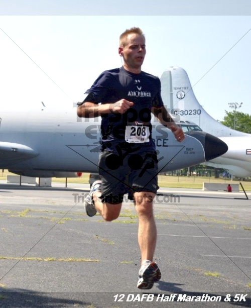 Dover Air Force Base Heritage Half Marathon & 5K<br><br><br><br><a href='http://www.trisportsevents.com/pics/12_DAFB_Half_&_5K_211.JPG' download='12_DAFB_Half_&_5K_211.JPG'>Click here to download.</a><Br><a href='http://www.facebook.com/sharer.php?u=http:%2F%2Fwww.trisportsevents.com%2Fpics%2F12_DAFB_Half_&_5K_211.JPG&t=Dover Air Force Base Heritage Half Marathon & 5K' target='_blank'><img src='images/fb_share.png' width='100'></a>