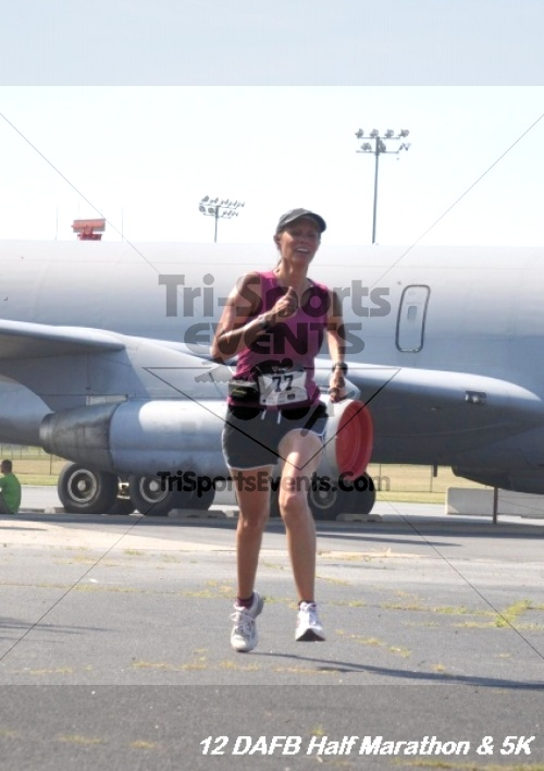 Dover Air Force Base Heritage Half Marathon & 5K<br><br><br><br><a href='http://www.trisportsevents.com/pics/12_DAFB_Half_&_5K_228.JPG' download='12_DAFB_Half_&_5K_228.JPG'>Click here to download.</a><Br><a href='http://www.facebook.com/sharer.php?u=http:%2F%2Fwww.trisportsevents.com%2Fpics%2F12_DAFB_Half_&_5K_228.JPG&t=Dover Air Force Base Heritage Half Marathon & 5K' target='_blank'><img src='images/fb_share.png' width='100'></a>