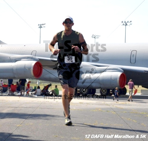 Dover Air Force Base Heritage Half Marathon & 5K<br><br><br><br><a href='http://www.trisportsevents.com/pics/12_DAFB_Half_&_5K_234.JPG' download='12_DAFB_Half_&_5K_234.JPG'>Click here to download.</a><Br><a href='http://www.facebook.com/sharer.php?u=http:%2F%2Fwww.trisportsevents.com%2Fpics%2F12_DAFB_Half_&_5K_234.JPG&t=Dover Air Force Base Heritage Half Marathon & 5K' target='_blank'><img src='images/fb_share.png' width='100'></a>