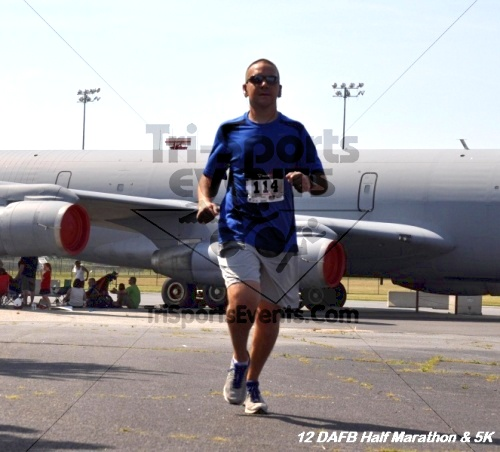 Dover Air Force Base Heritage Half Marathon & 5K<br><br><br><br><a href='http://www.trisportsevents.com/pics/12_DAFB_Half_&_5K_237.JPG' download='12_DAFB_Half_&_5K_237.JPG'>Click here to download.</a><Br><a href='http://www.facebook.com/sharer.php?u=http:%2F%2Fwww.trisportsevents.com%2Fpics%2F12_DAFB_Half_&_5K_237.JPG&t=Dover Air Force Base Heritage Half Marathon & 5K' target='_blank'><img src='images/fb_share.png' width='100'></a>