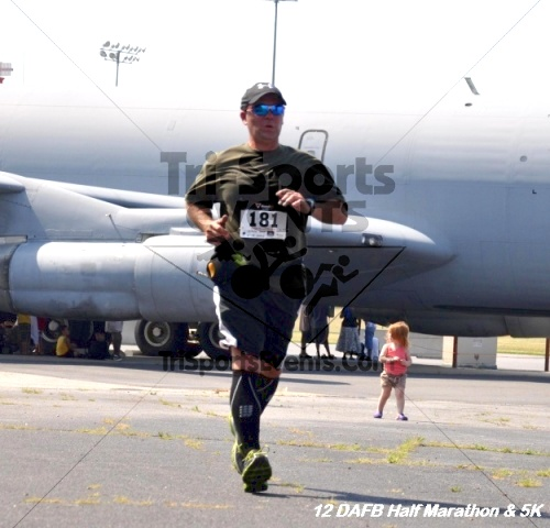 Dover Air Force Base Heritage Half Marathon & 5K<br><br><br><br><a href='https://www.trisportsevents.com/pics/12_DAFB_Half_&_5K_254.JPG' download='12_DAFB_Half_&_5K_254.JPG'>Click here to download.</a><Br><a href='http://www.facebook.com/sharer.php?u=http:%2F%2Fwww.trisportsevents.com%2Fpics%2F12_DAFB_Half_&_5K_254.JPG&t=Dover Air Force Base Heritage Half Marathon & 5K' target='_blank'><img src='images/fb_share.png' width='100'></a>