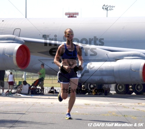Dover Air Force Base Heritage Half Marathon & 5K<br><br><br><br><a href='https://www.trisportsevents.com/pics/12_DAFB_Half_&_5K_265.JPG' download='12_DAFB_Half_&_5K_265.JPG'>Click here to download.</a><Br><a href='http://www.facebook.com/sharer.php?u=http:%2F%2Fwww.trisportsevents.com%2Fpics%2F12_DAFB_Half_&_5K_265.JPG&t=Dover Air Force Base Heritage Half Marathon & 5K' target='_blank'><img src='images/fb_share.png' width='100'></a>