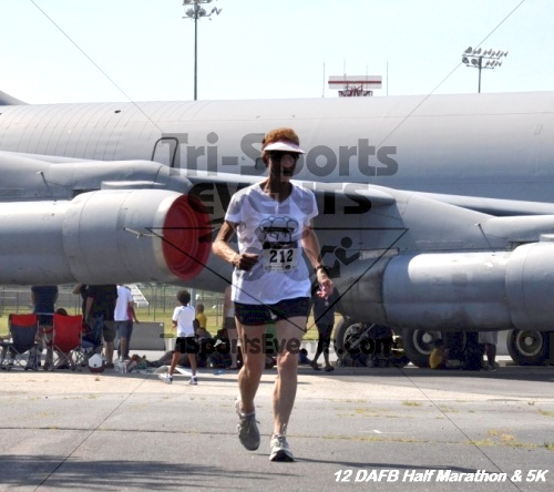 Dover Air Force Base Heritage Half Marathon & 5K<br><br><br><br><a href='https://www.trisportsevents.com/pics/12_DAFB_Half_&_5K_267.JPG' download='12_DAFB_Half_&_5K_267.JPG'>Click here to download.</a><Br><a href='http://www.facebook.com/sharer.php?u=http:%2F%2Fwww.trisportsevents.com%2Fpics%2F12_DAFB_Half_&_5K_267.JPG&t=Dover Air Force Base Heritage Half Marathon & 5K' target='_blank'><img src='images/fb_share.png' width='100'></a>