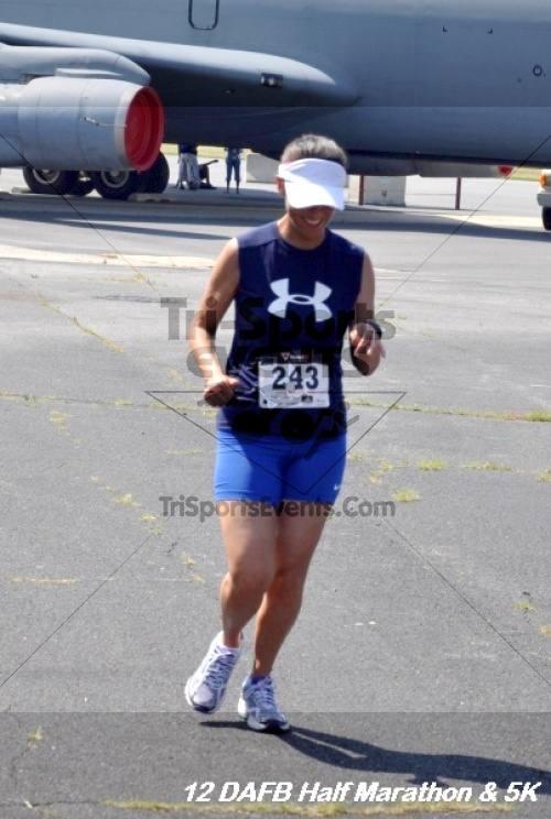 Dover Air Force Base Heritage Half Marathon & 5K<br><br><br><br><a href='http://www.trisportsevents.com/pics/12_DAFB_Half_&_5K_291.JPG' download='12_DAFB_Half_&_5K_291.JPG'>Click here to download.</a><Br><a href='http://www.facebook.com/sharer.php?u=http:%2F%2Fwww.trisportsevents.com%2Fpics%2F12_DAFB_Half_&_5K_291.JPG&t=Dover Air Force Base Heritage Half Marathon & 5K' target='_blank'><img src='images/fb_share.png' width='100'></a>