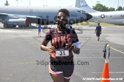 Dover Air Force Base Heritage Half Marathon & 5K<br><br><br><br><a href='http://www.trisportsevents.com/pics/12_DAFB_Half_&_5K_304.JPG' download='12_DAFB_Half_&_5K_304.JPG'>Click here to download.</a><Br><a href='http://www.facebook.com/sharer.php?u=http:%2F%2Fwww.trisportsevents.com%2Fpics%2F12_DAFB_Half_&_5K_304.JPG&t=Dover Air Force Base Heritage Half Marathon & 5K' target='_blank'><img src='images/fb_share.png' width='100'></a>