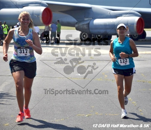 Dover Air Force Base Heritage Half Marathon & 5K<br><br><br><br><a href='http://www.trisportsevents.com/pics/12_DAFB_Half_&_5K_320.JPG' download='12_DAFB_Half_&_5K_320.JPG'>Click here to download.</a><Br><a href='http://www.facebook.com/sharer.php?u=http:%2F%2Fwww.trisportsevents.com%2Fpics%2F12_DAFB_Half_&_5K_320.JPG&t=Dover Air Force Base Heritage Half Marathon & 5K' target='_blank'><img src='images/fb_share.png' width='100'></a>